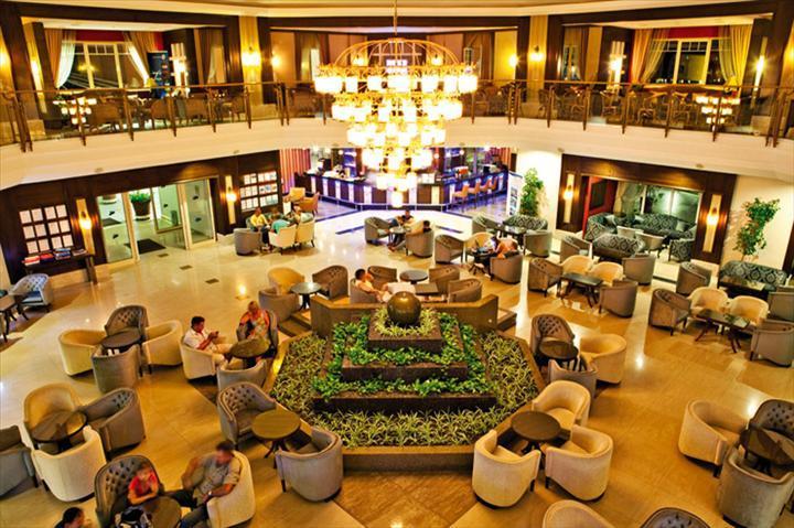 Crystal Hotel Paraiso Verde